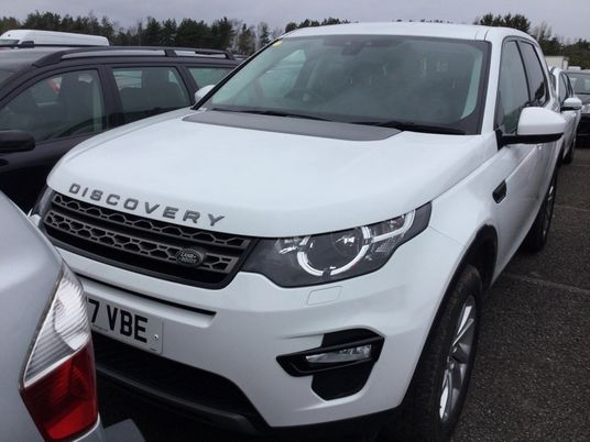 Land Rover Discovery Sport 2.0 TD4 180 SE Tech 5dr Auto Pre Preparation Images 1