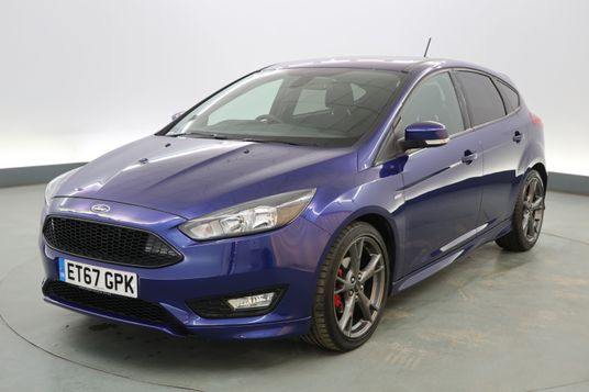 Ford Focus 1.0 EcoBoost 140 ST-Line X 5dr Exterior 1